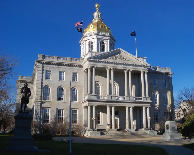 New_Hampshire_State_House_5