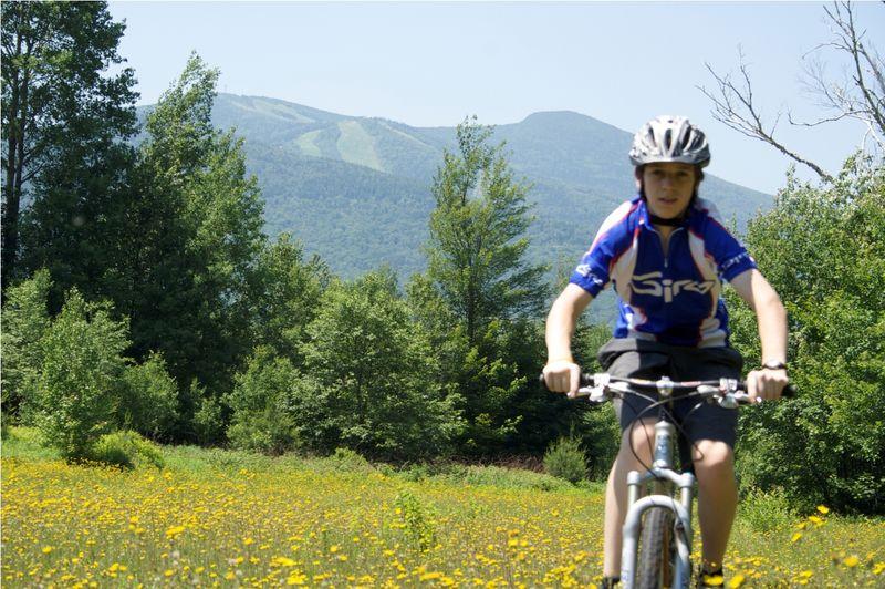 Mountain-biker-flowers