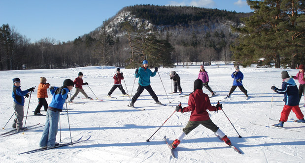 Lessons-ski-school-group
